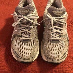 Asics Shoes - ASICS GEL-Cumulus 19 Women's 7.5(D)